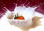strawberry splash, debbie lias, photography